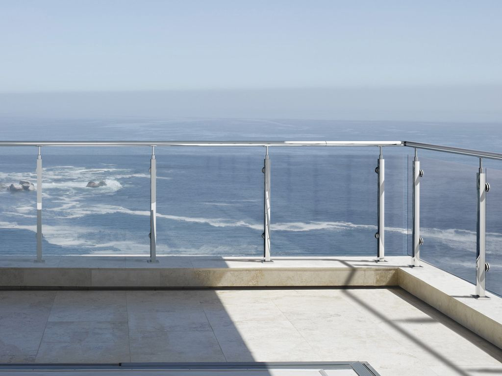 Private House, Cape Town, South Africa, Stefan Antoni Olmesdahl Truen Architects, Private house view to camps bay.
